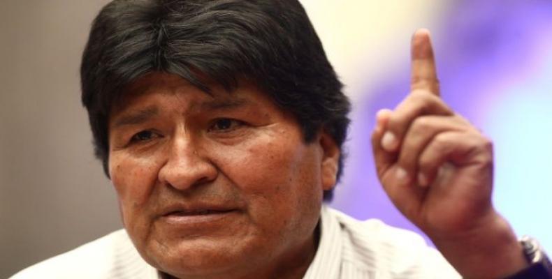 Morales acusó al gobierno de facto de Jeanine Áñez de golpear a los bolivianos mientras hablan de pacificación. Foto: Archivo