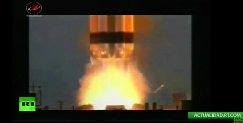 Momento del despegue del cohete ruso Protón  (Imágen de RT)