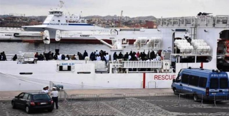 177 refugees refused authorization to disembark in Italy.  Photo: AP