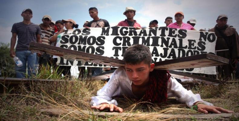Miles de inmigrantes esperan en suelo mexicano comenzar el proceso de su estancia en Estados Unidos. Foto: Archivo