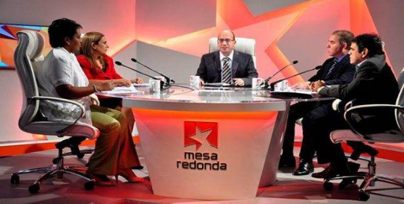 Mesa Redonda, programa informativo y de debate de la radio y la Televisión Cubana con la participación de panelistas invitados.Foto:Internet.