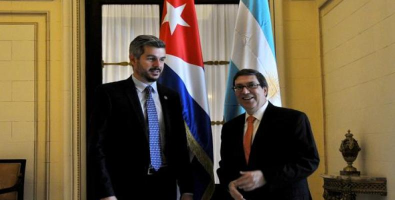 Foreign Minister Bruno Rodriguez receives Argentinean cabinet chief. Photo: ACN