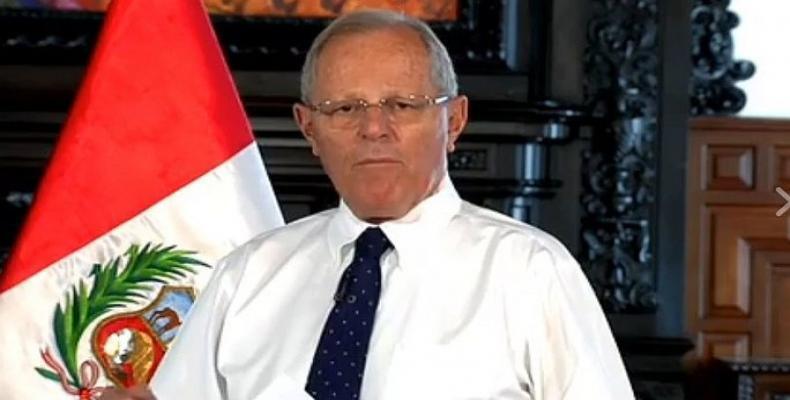 Reabrem investigação contra o presidente peruano por corrupção.