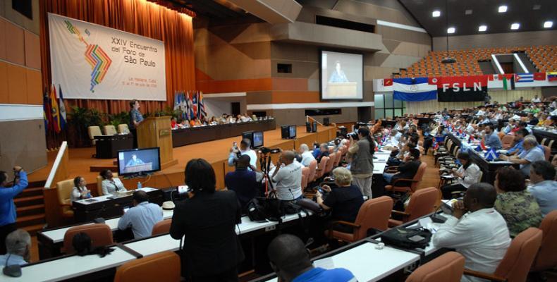Sesias en Havano la Forumo de Sao Paulo