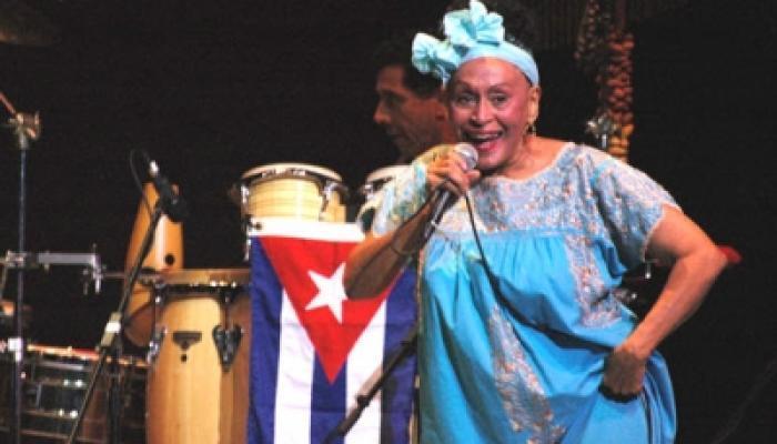 Realizará Omara Portuondo concierto para homenajear a La Habana. Foto:Archivo.
