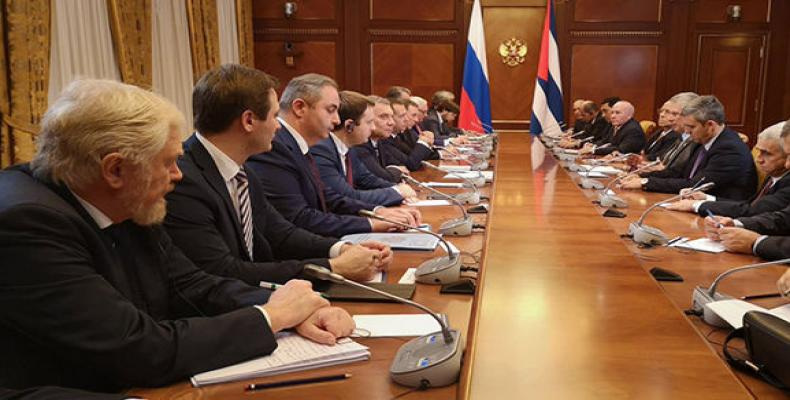 Cuban President Miguel Diaz-Canel meets with Russian prime minister.   Photo: CubaDebate