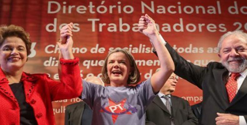 Dilma, Hoffmann and Lula.