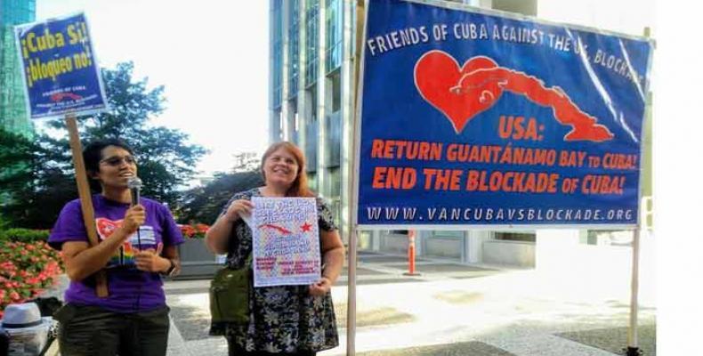 La acción de los amigos de Cuba en la nación norteña se realiza cada mes, desde el 17 de septiembre de 2015. Fotos: PL y Archivo