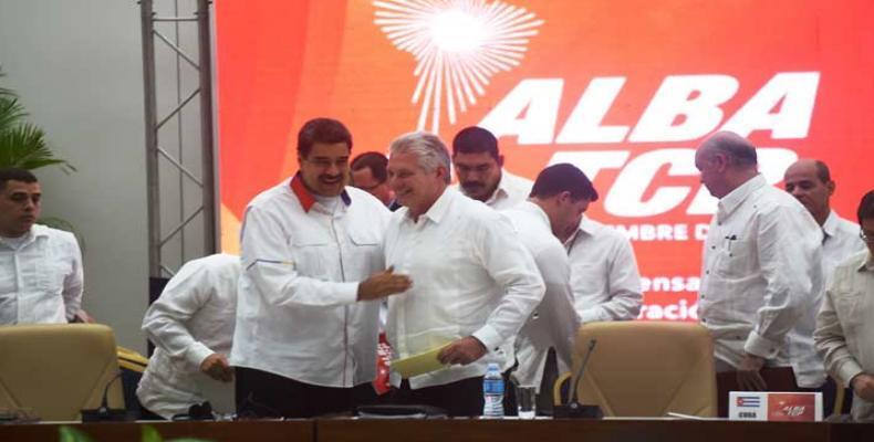 Fue una 'jornada fructífera y aportadora', expresó el presidente cubano, Miguel Díaz-Canel, al dar por concluida la reunión. Foto: PL