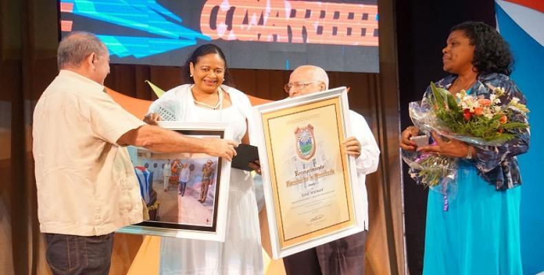 Ricardo Cabrisas y June Soomer comprometidos con el desarrollo del Caribe.(Foto: Daniel Houdayer)