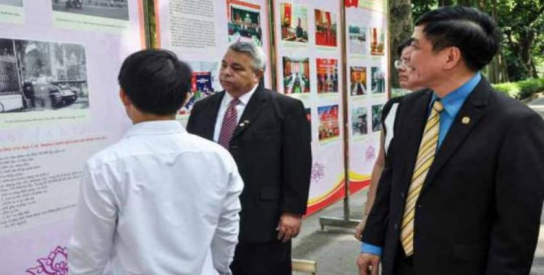 Ulises Guilarte De Nacimiento, secretario general de la Central de Trabajadores de Cuba (CTC), realiza visita de trabajo a Vietnam.(Foto:Cubaminrex)