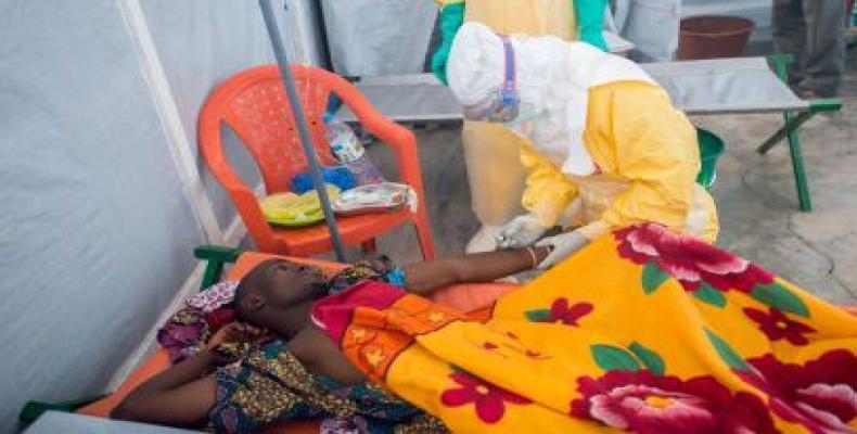Dos personas también fallecieron por síntomas similares al ébola; a la espera de pruebas médicas que lo confirmación. (Foto archivo)