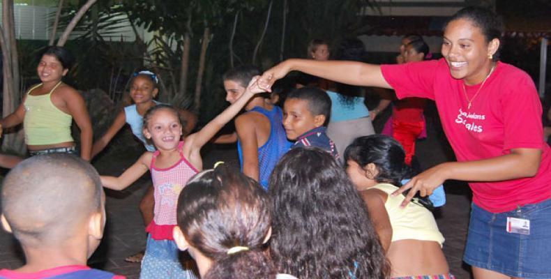 La delegación cubana presentará las experiencias del trabajo social en el terreno con grupos vulnerables. Foto tomada de Internet