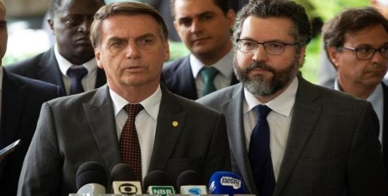 Ernesto Araujo (r), Brazil's new foreign minister does not believe in climate change.   Photo: Reuters