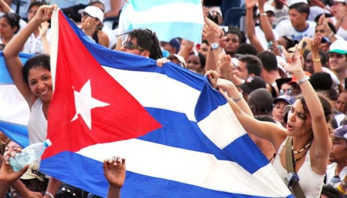 Cuban authorities congratulate workers on May Day