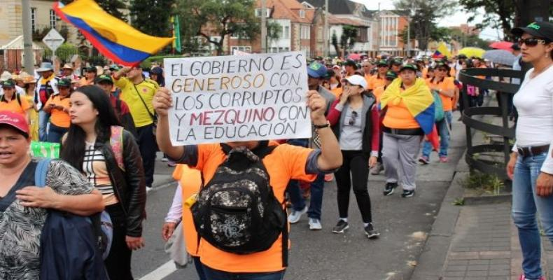 maestros colombianos en Paro. Foto/Yahoo Noticias