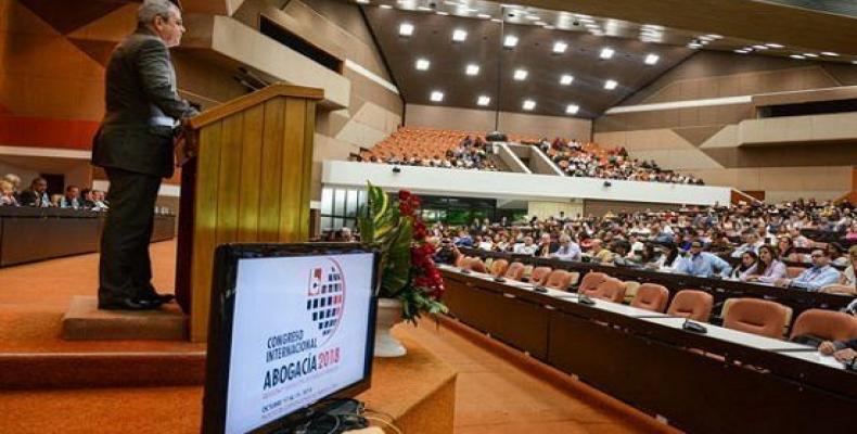 Homero Acosta addresses delegates to International Lawyers Congress 2018. ACN  Photo