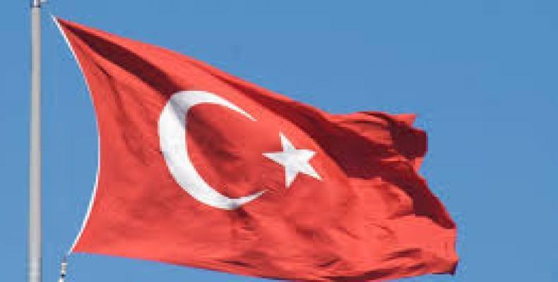 Chanceler turco adverte de eventual rompimento dos laços diplomáticos com os EUA
