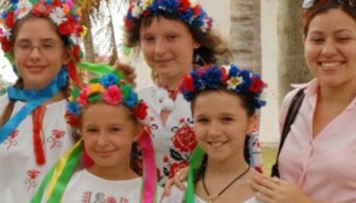 Niños afectados por accidente de Chernobil que fueron atendidos en Cuba