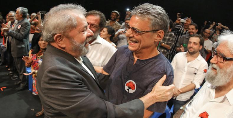 Lula y Chico Buarque en el acto en Río. Foto: Ricardo Stuckert/ Instituto Lula