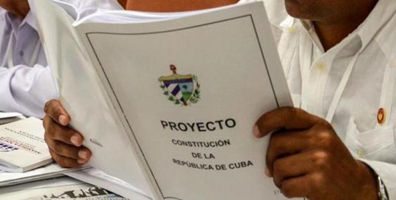 La consulta popular comenzó en Cuba el pasado 13 de agosto y finalizará el 15 de noviembre próximo. Foto: Archivo