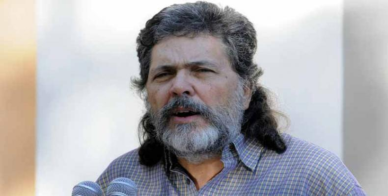 Abel Prieto, deputito kaj eksministro de kulturo