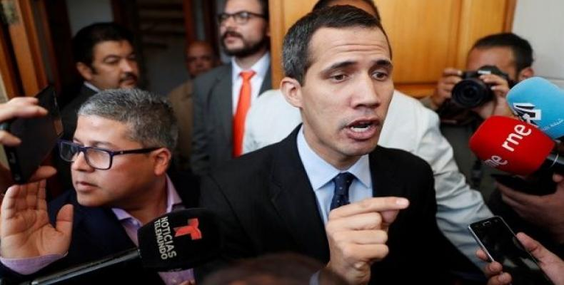 U.S. urges Venezuelan military to support 'interim president.'  Photo: teleSUR