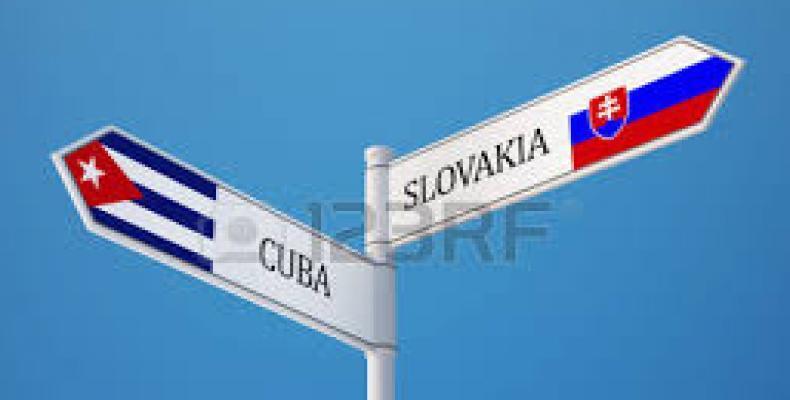 Cuba y la nación europea ratificaron su interés de incrementar relaciones económicas y comerciales. Foto: Archivo