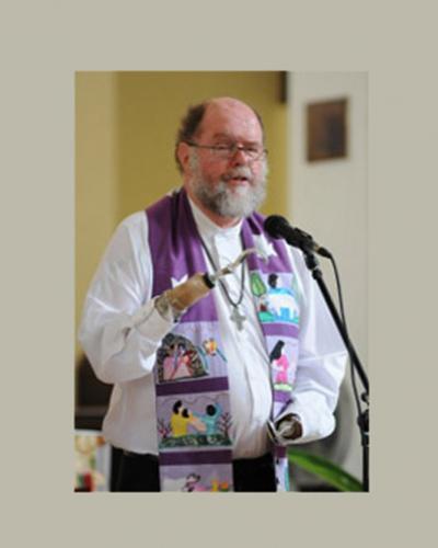 sacerdote anglicano sudafricano Michael Lapsley