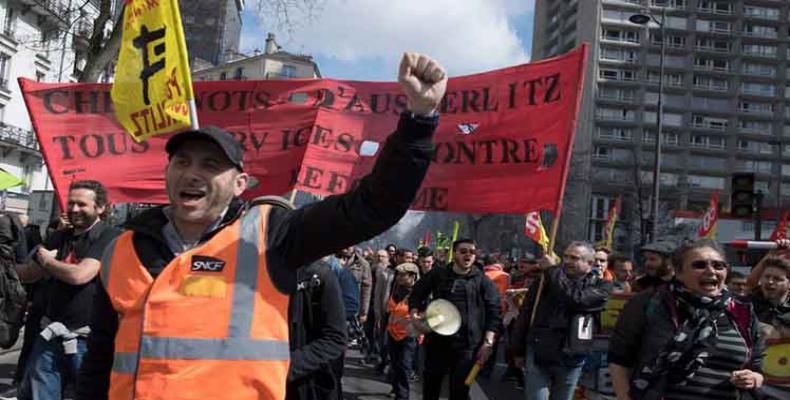 Ferroviarios franceses en manifestación