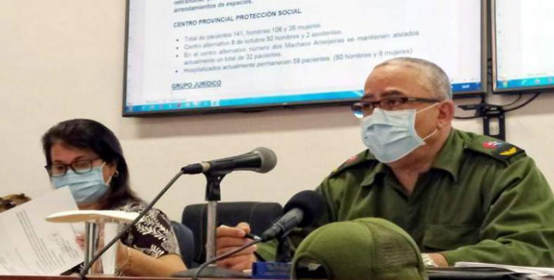 Torres Iríbar llamó a estar alertas ante la confirmación de tres eventos de transmisión local en el municipio de La Habana del Este. Foto: ACN