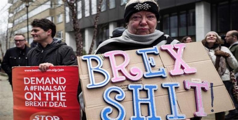 Protest against Brexit outside the EU Headquarters in Brussels on November 25, 2018, in Brussels, during a meeting of the European Council to endorse the Brexit