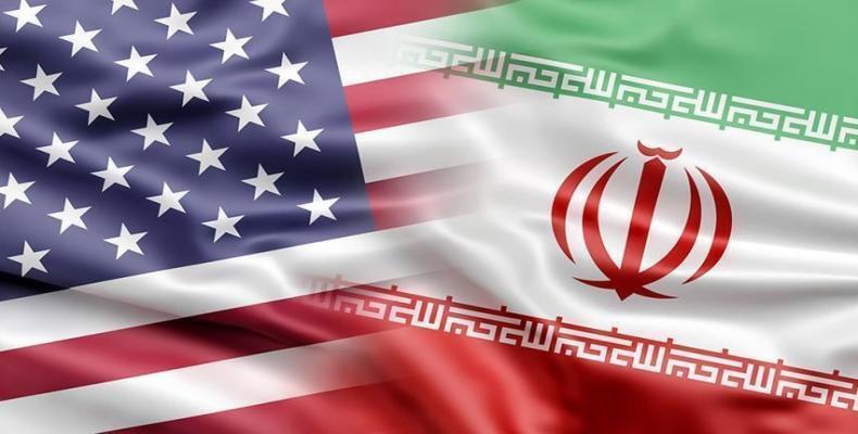 Impone sanciones a sector financiero iraní