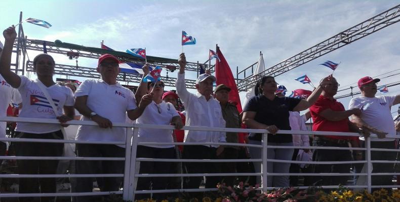 José Ramón Machado Ventura constató el respaldo del pueblo de Pinar del Río al proceso revolucionario cubano.Foto:Alina Cabrera Domínguez.RRebelde.