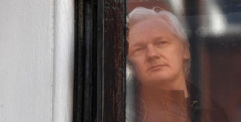 Report says Ecuadorean president met with Paul Manafort and to discuss Assange.  Photo: teleSUR