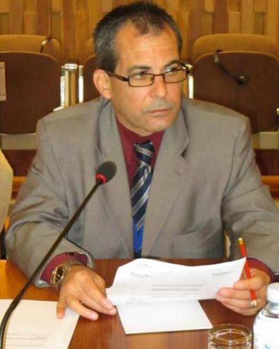 Juan Antonio Fernández dijo que la sociedad civil cubana es la que enfrenta el bloqueo. Foto: Cubaminrex