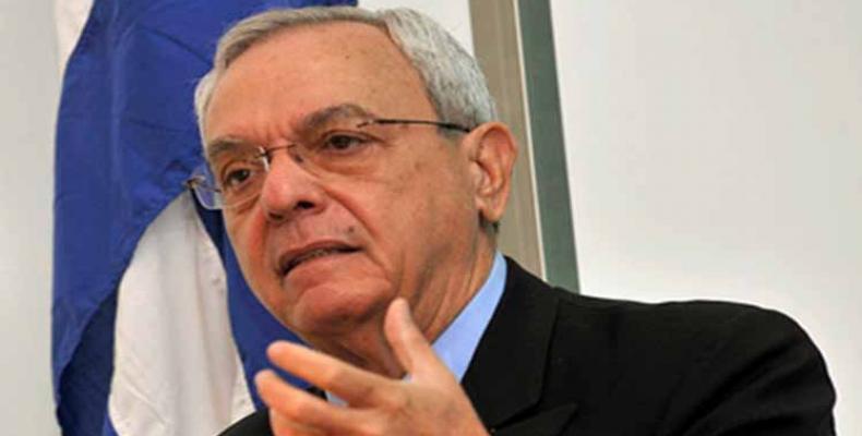 Dro. Eusebio Leal Spengler, historiisto de Havano kaj brila oratoro