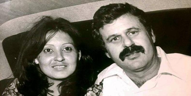 La periodista Susana Tesoro, su viuda, y Miguel Torres