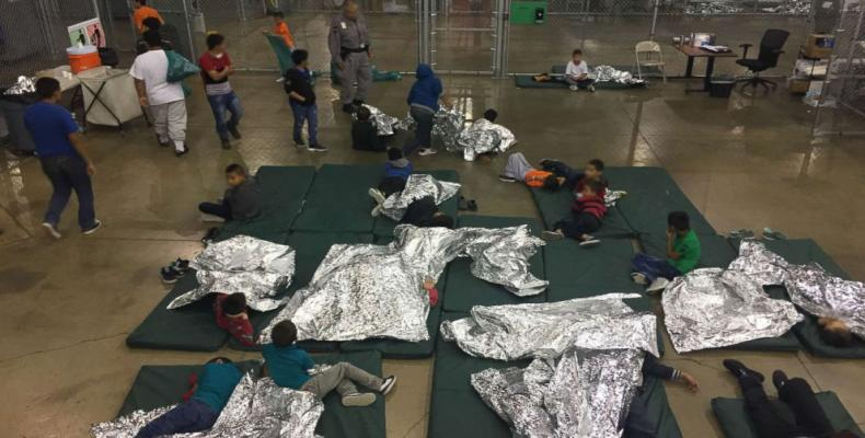 U.S. policy of separating children from their parents comes under attack.  Photo: AFP