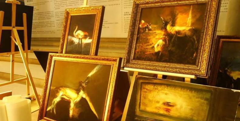 Muestra museo chino pinturas de robot artista Xiao Bing. Foto: PL.