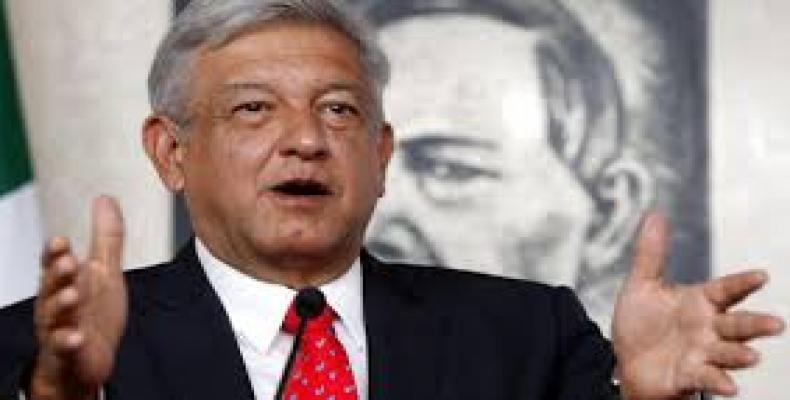 Candidato presidencial no México rechaça ofensas de Donald Trump