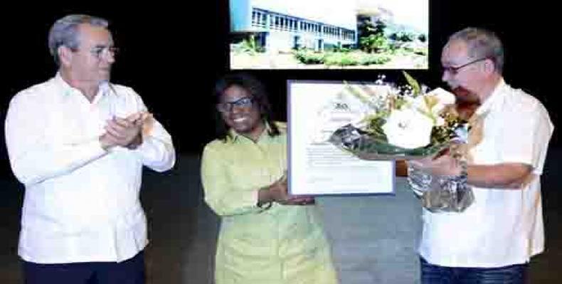 José Ramón Saborido, Diana Sedal y Lázaro Expósito, respectivamente, ministro de Educación Superior, Rectora de la Universidad de Oriente y primer secretario de