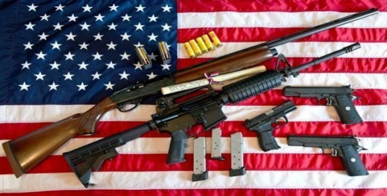 Presidente Donald Trump volta a defender posse de armas nos EUA.