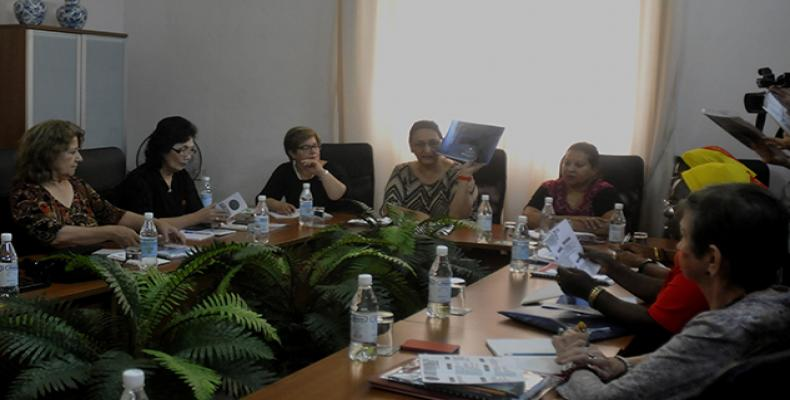 El secretariado mundial de la Federación Democrática Internacional de Mujeres, realiza su reunión desde este lunes y hasta el próximo miércoles en La Habana.Fot