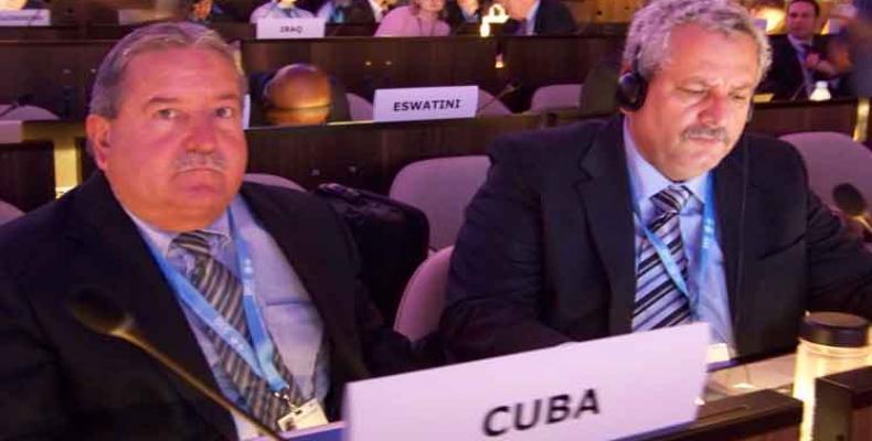 Expertos cubanos en la 52 sesión del Panel Intergubernamental sobre el Cambio Climático. Foto: Prensa Latina.