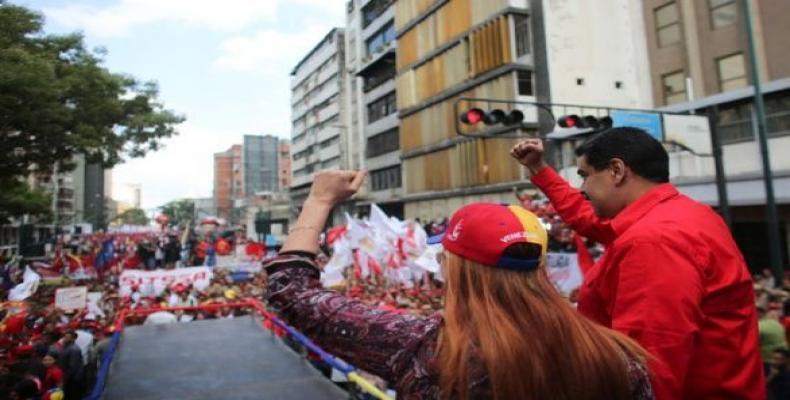 Maduro hablará al pueblo desde Miraflores