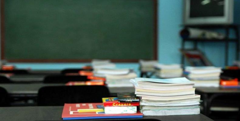 El nuevo período lectivo contará con una matrícula de un millón 745 mil 600 alumnos, que serán atendidos por más de 156 mil docentes.Foto:Abel Rojas