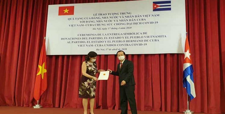 El Partido, el Estado y el pueblo vietnamitas donaron cinco mil toneladas de arroz a Cuba como un gesto solidario. Foto: PL.