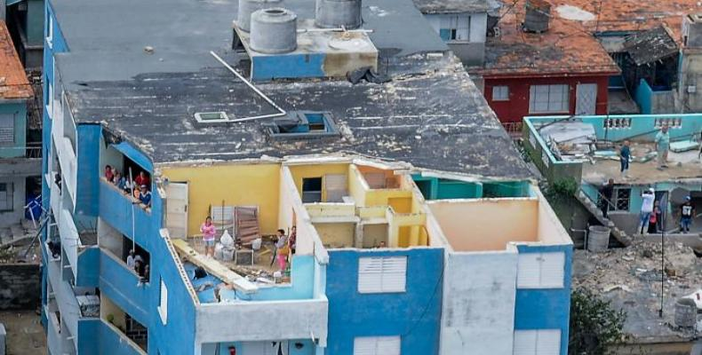 Cuba advances in recovery after devastating tornado.  Photo: Granma