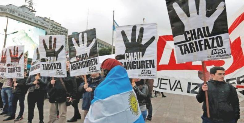 Marcha de argentinos contra tarifazos del gobierno.  Foto: Archivo
